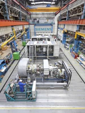 Siemens factory assembly of gas turbine packages